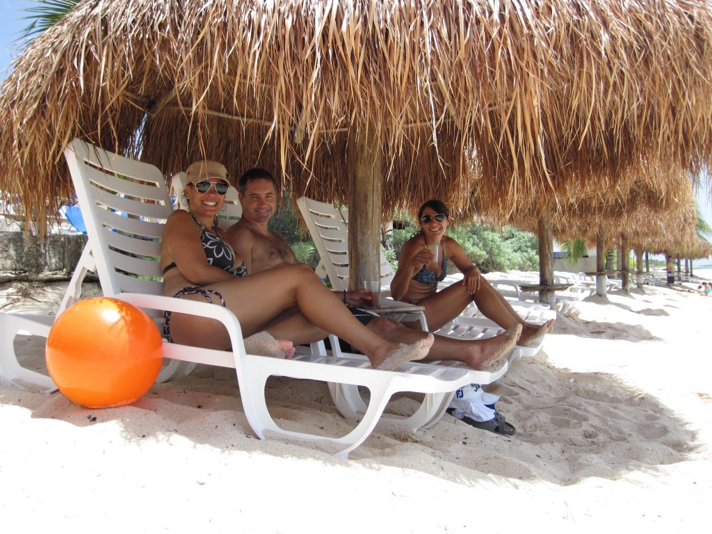 Palapa Nachi Cocom Beach Break Cozumel