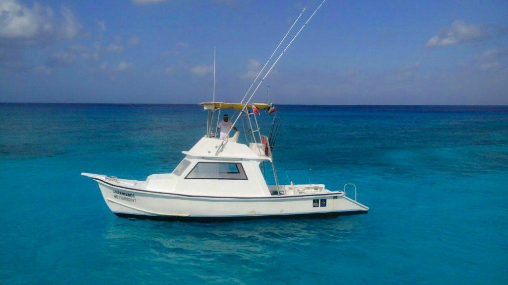 Cozumel deep sea fishing charter adventure cozumel for Deep sea fishing boat