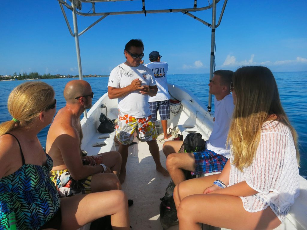 Cozumel Private Snorkeling 25' Panga