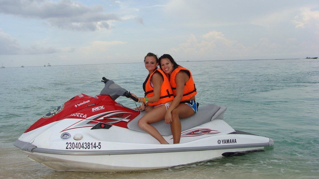 Jet Skis Nachi Beach Break Cozumel